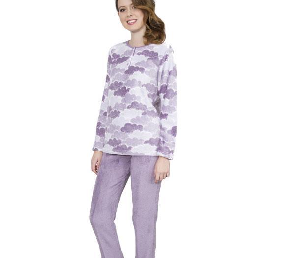 6a1f86b20 Pijama de mujer en coralina - Comercial Lizarra